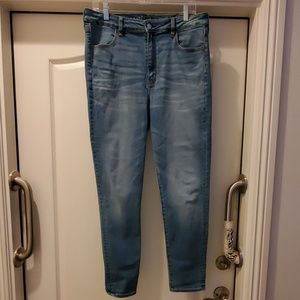American Eagle 14R super hi rise jegging